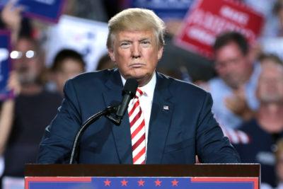 Trump activa controvertida política migratoria: 2 mil menores son separados de sus padres