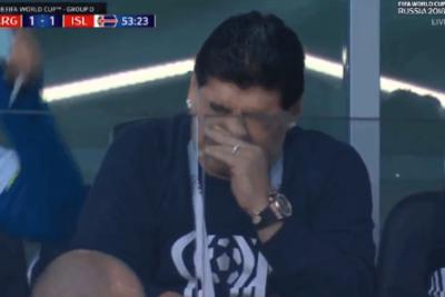 VIDEO | Dicen que estaba resfriado: gesto con la nariz de Maradona lo transforma en tendencia mundial