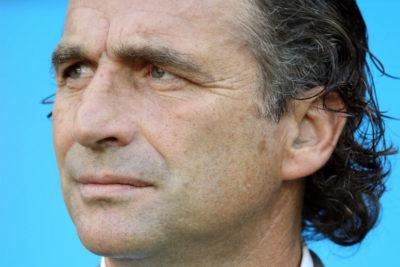 Juan Antonio Pizzi queda fuera del Mundial y desde Chile le mandan decenas de mensajes
