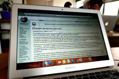 Wikipedia sale invicta tras rechazo del europarlamento a reforma sobre los derechos de autor