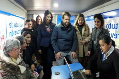 Gobierno lanza programa para acercar información previsional a mujeres