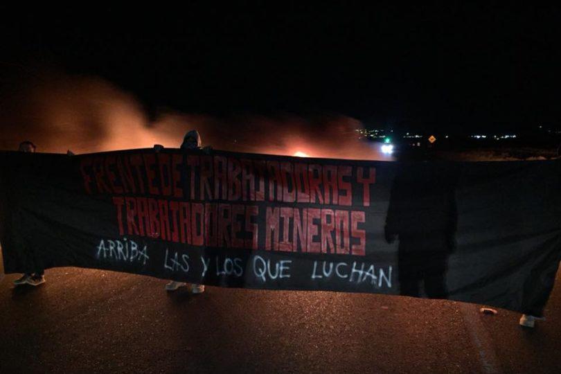Chuquicamata: Trabajadores inician movilizaciones bloqueando acceso a mina