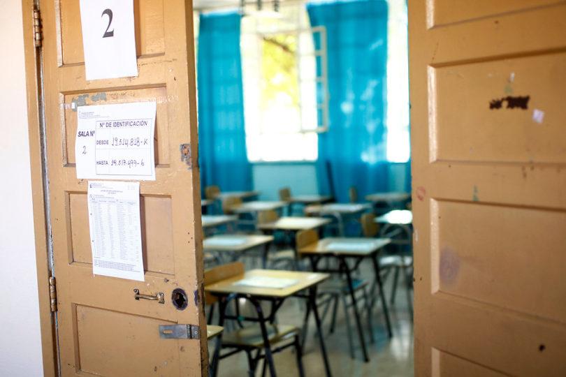 Profesores de alumnos con discapacidad visual entregan su testimonio sobre inclusión dentro de la sala