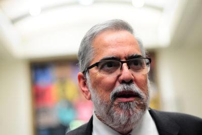 Juan Manuel Zolezzi se impone como rector de la U. de Santiago en cerrada elección