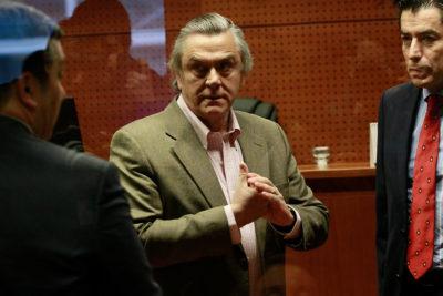 Defensa de Pablo Longueira acusa a fiscal del caso SQM por faltas a la ética y probidad
