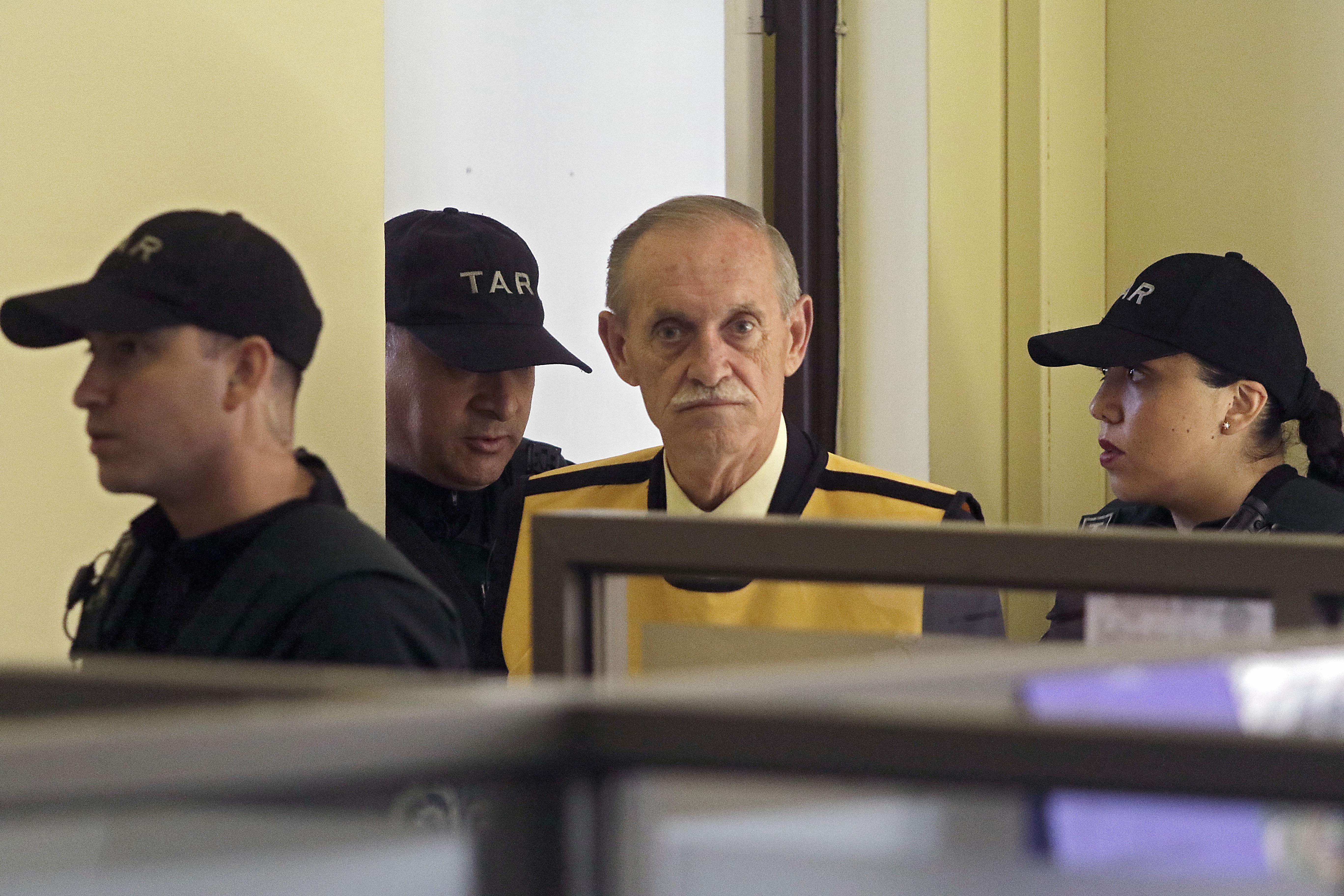 Nueva condena para Krassnoff y otros exagentes de la DINA por Operación Colombo