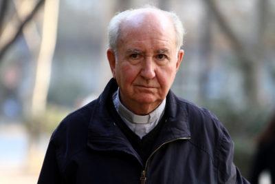 """Cardenal Errázuriz y abusos de ex canciller: """"Teníamos a Oscar Muñoz por un sacerdote correcto y confiable"""""""