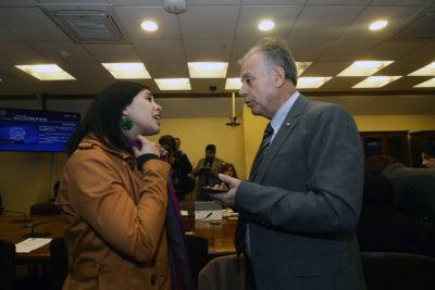 """Karol Cariola emplaza al Minsal por no asistir a Conferencia Internacional del Sida: """"Que el ministro explique esto"""""""