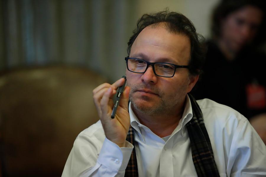 """Senador PS acusa que Estatuto Laboral para Jóvenes """"precariza"""" a estudiantes"""