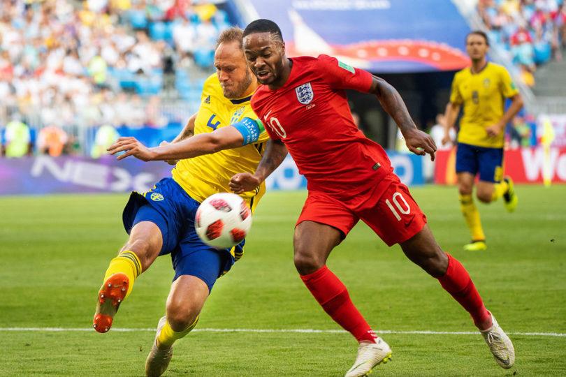 Inglaterra ya está en semis del Mundial tras tranquila victoria ante Suecia