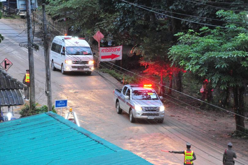 Tailandia: confirman que los doce niños y su entrenador fueron rescatados de la cueva
