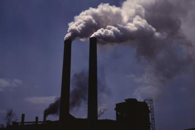 Científicos proponen aprovechar el CO2 para producir combustible