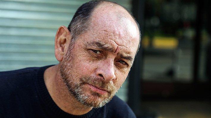 """Ramon Llao renuncia a Radio Zero y sale a la luz relato de su ex pareja: """"Estuvo a punto de matarme"""""""