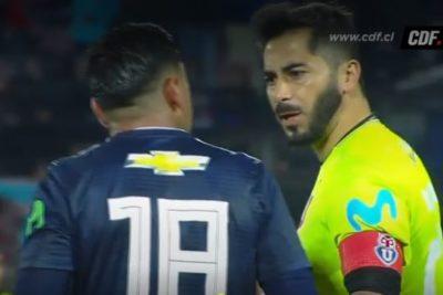 Johnny Herrera y Gonzalo Jara casi se van a los golpes en pleno partido