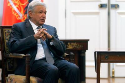 López Obrador hace historia y lleva a la izquierda a la presidencia en México