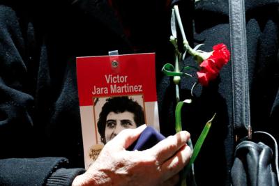 """Hija de Víctor Jara: """"El gobierno necesita comprometerse"""" con la extradición de su asesino"""