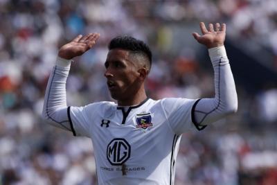 VIDEO   El cabezazo que confirmó el retorno goleador de Lucas Barrios a Colo Colo