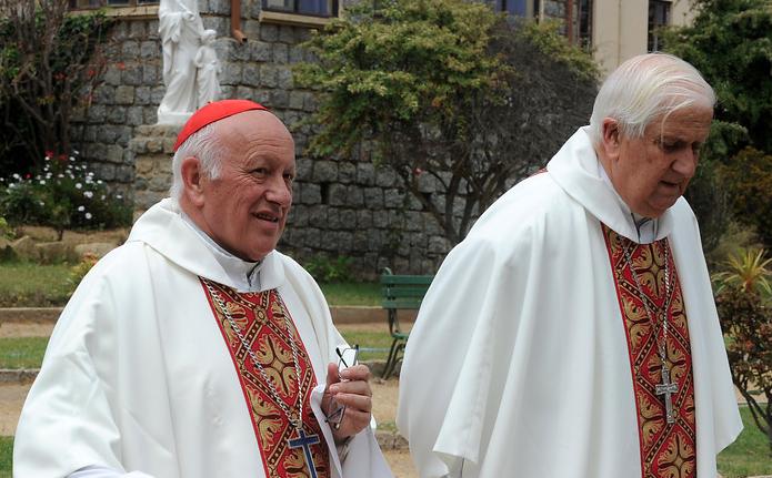 """""""Revelan carta de Goic a Ezzati cuestionando manejo de casos de abusos sexuales en la Iglesia"""""""