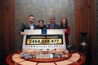 Afortunada mujer apuesta 5 mil pesos y gana 450 millones