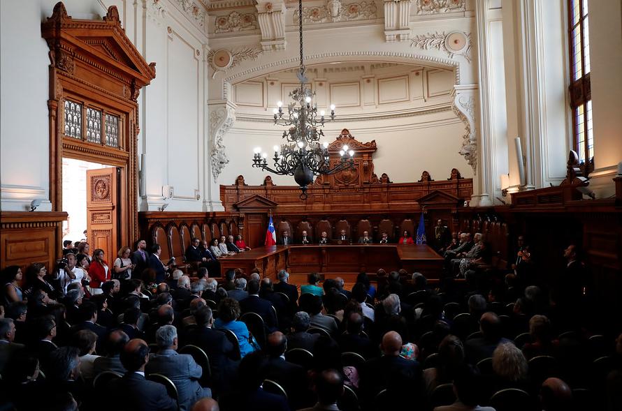 """""""Feminista y políglota: Quién es la primera ministra mapuche que podría llegar a la Corte Suprema"""""""