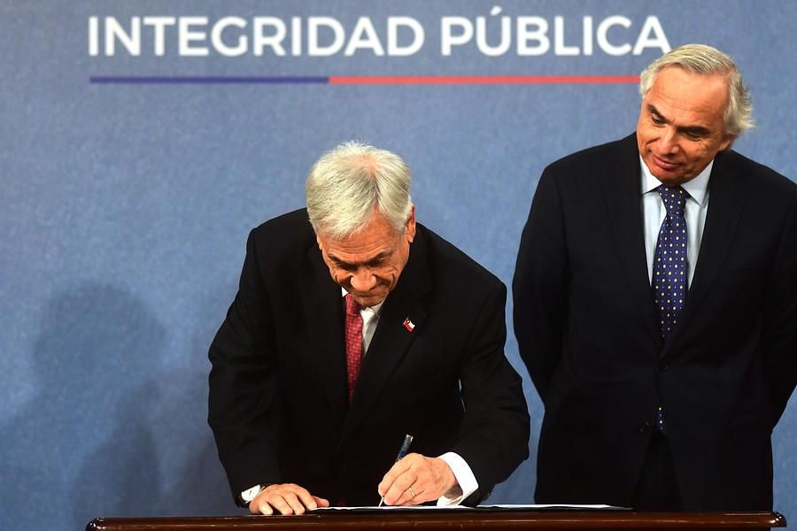 Piñera firmó Proyecto de Ley que sanciona nepotismo en el Estado