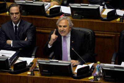 Iván Moreira anuncia proyecto de reelección presidencial inmediata para extender mandato de Sebastián Piñera