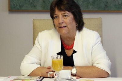 Ex ministra Adriana Delpiano encabeza propuesta del Gobierno a directorio de TVN
