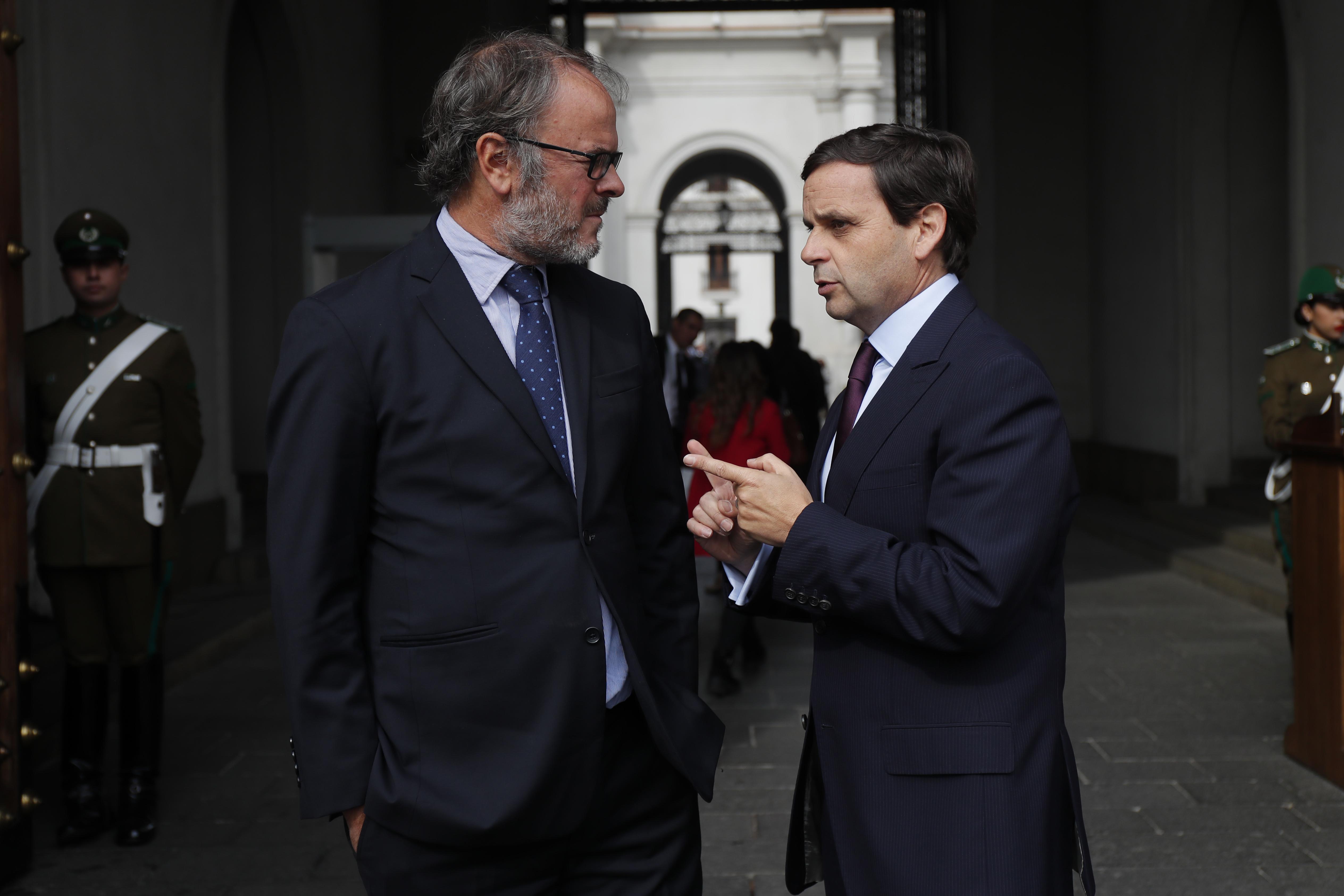"""""""CPC tras llamado de Larraín a generar empleo:"""