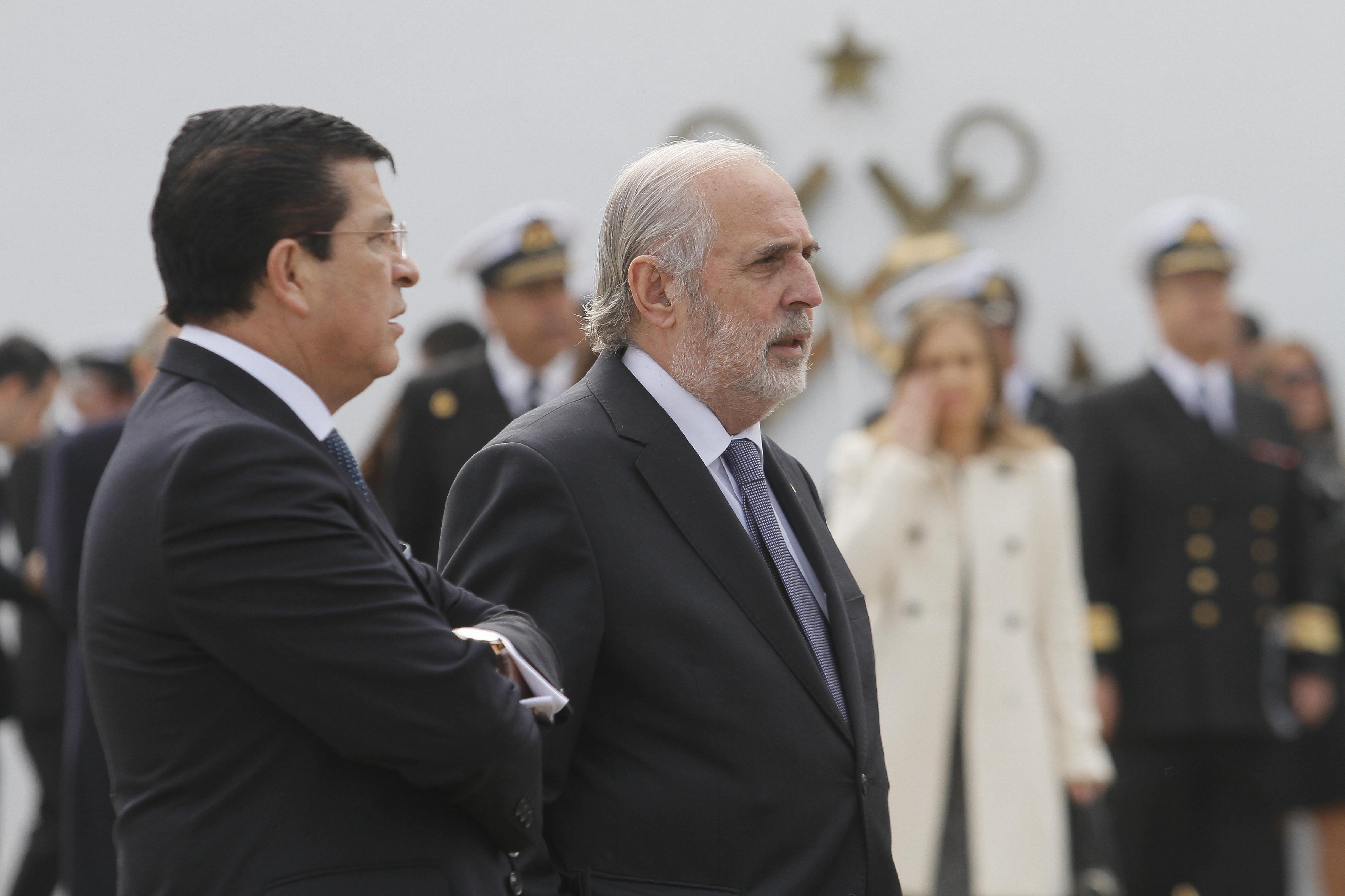 """""""Fiscales regionales declaran por proceso de destitución de Jorge Abbott"""""""