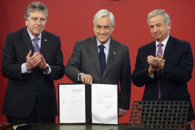 Presidente Sebastián Piñera firma indicación que deroga Ley Reservada del Cobre