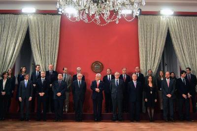 La salida de Gerardo Varela y la vuelta de Carolina Schmidt marcan el primer cambio de gabinete de Piñera