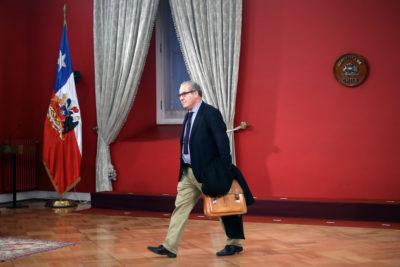 Subsecretario Luis Castillo es vetado del Senado y sus comisiones por la oposición
