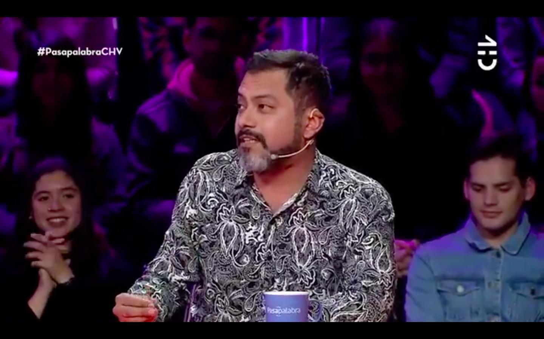 VIDEO  El aplaudido gesto que tuvo Pedro Ruminot con participante de Pasapalabra