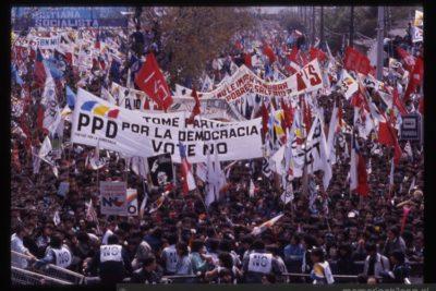 """""""La fuerza Del Lápiz"""": Fundación Aylwin lanza campaña para conmemorar los 30 años del plebiscito"""