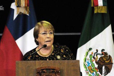 """Michelle Bachelet en México: """"No podemos bajar la guardia en derechos humanos"""""""