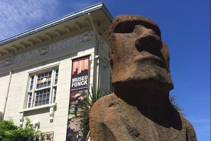 """Alcaldesa de Viña se niega a devolver moai a Rapa Nui: """"Lo que se regala no se quita"""""""