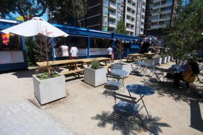 Urge embellecer un espacio público en la comuna de Santiago