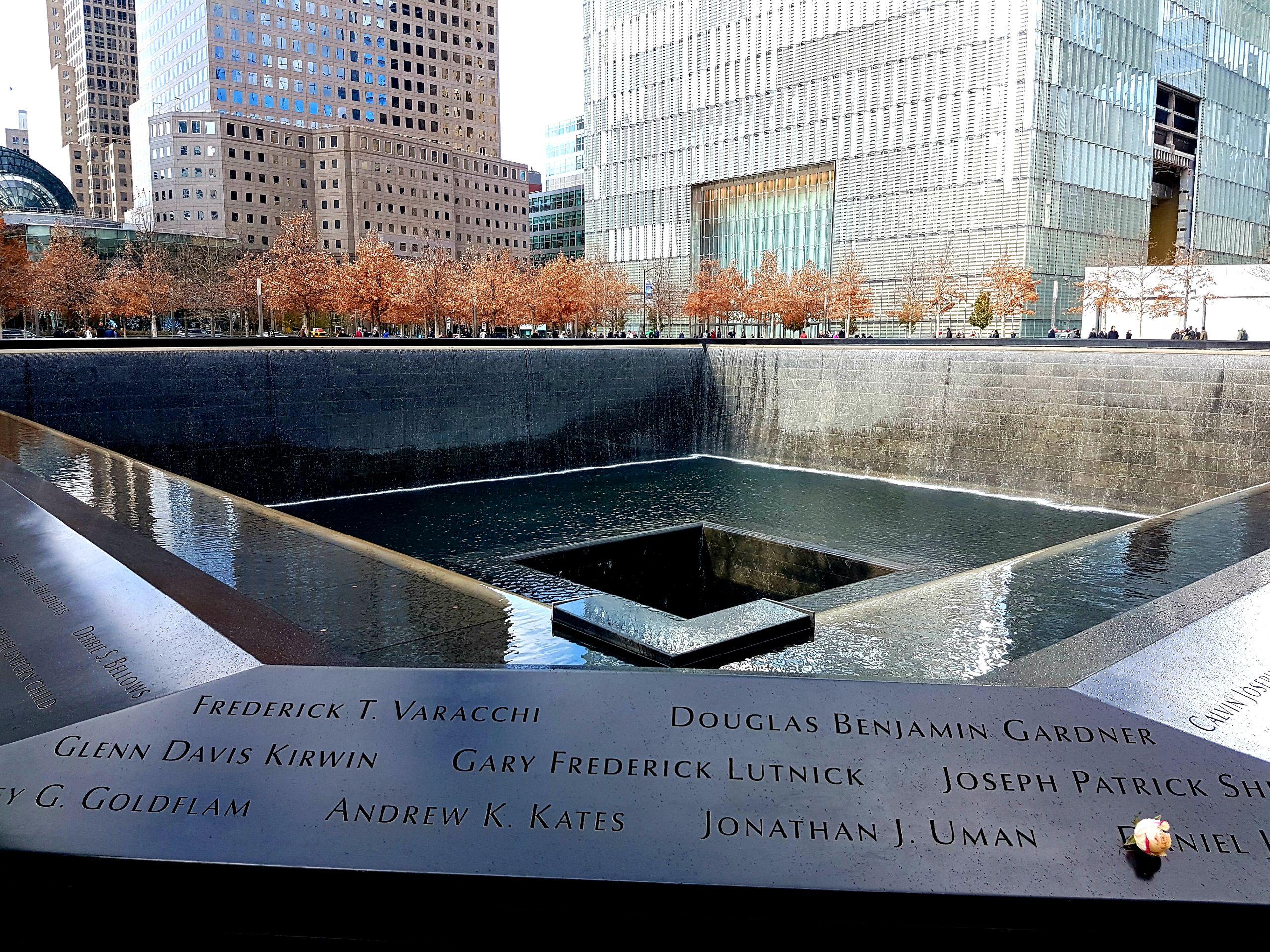 """""""Nueva York recuerda a las víctimas del 11S diecisiete años después"""""""