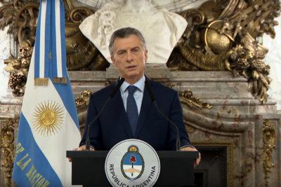 """Gobierno argentino renueva programa de """"precios fijados"""" en medio de crisis"""