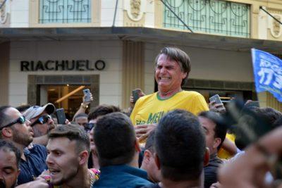 Redes sociales, el nicho donde se refugia el candidato ultraderechista brasileño Jair Bolsonaro