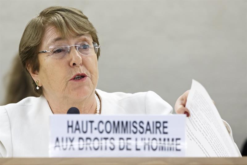"""Gobierno italiano responde artillería pesada a Bachelet por críticas a política migratoria: """"No aceptamos lecciones de nadie"""""""