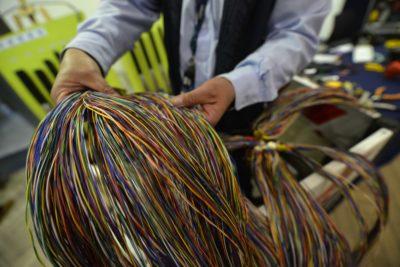 Instalarán fibra óptica submarina que unirá a Chile desde Arica a Puerto Montt