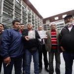 """De """"viajes por el mundo"""" a """"conocer famosos"""": los argumentos del CDE para que no se indemnice a los 33 mineros"""