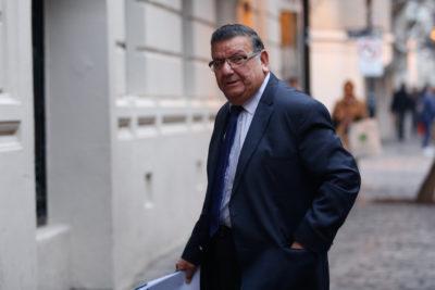 Senadores PS elaboran propuesta para enfrentar Reforma a la Salud de Piñera: buscan aumento de inversión estatal