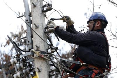 Corte de suministro eléctrico afecta a sectores de Macul y San Joaquín