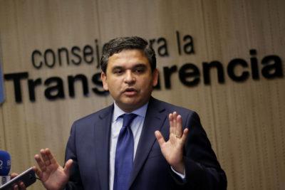 Consejo para la Transparencia llama a Correos de Chile a aclarar medidas tras filtración de datos