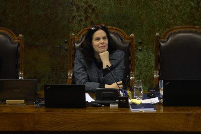 Presidenta de la Cámara de Diputados confirma que no asistirá a Te Deum evangélico