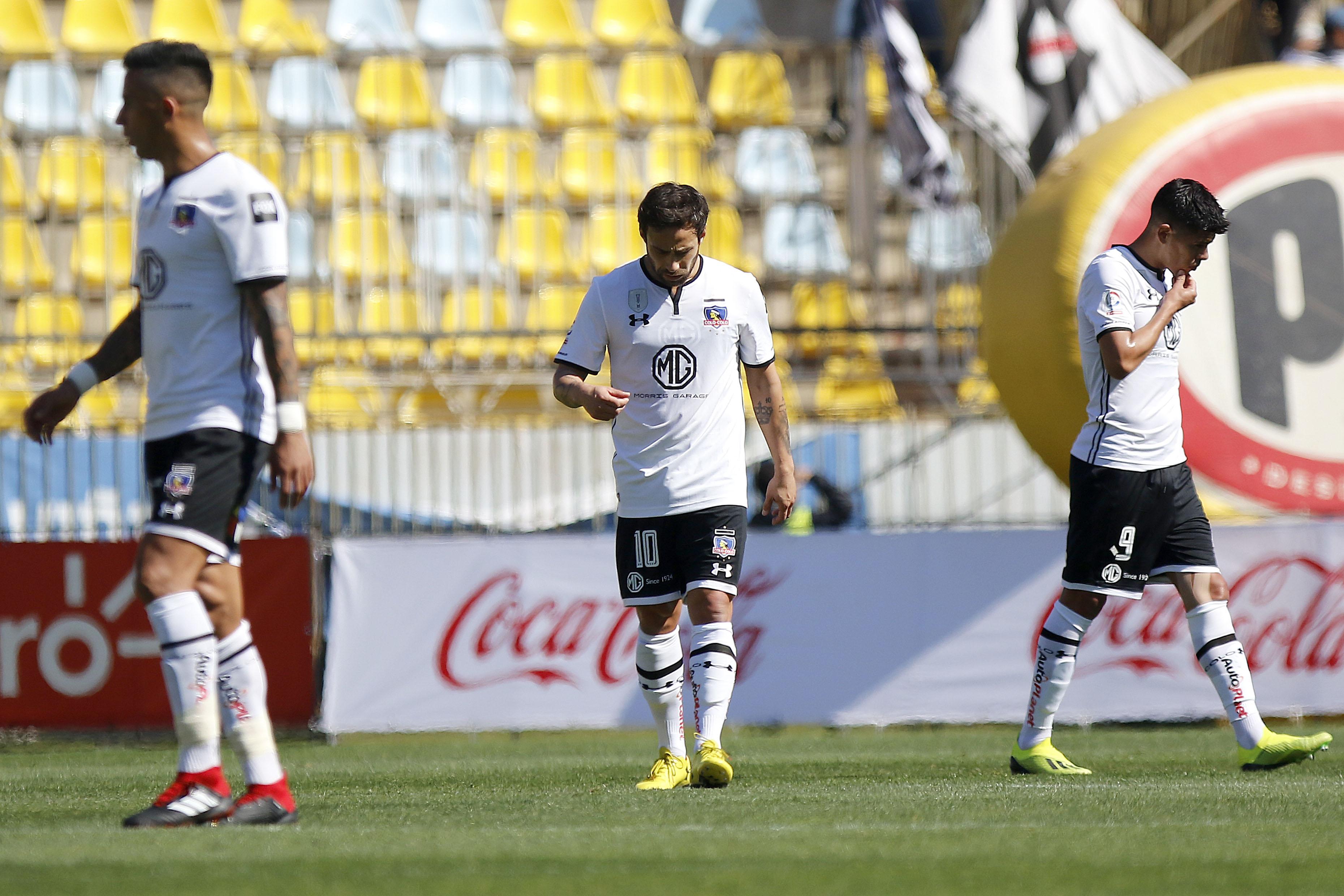 FOTOS  Colo Colo sale a dar explicaciones por la inmundicia que jugadores dejaron en el camarín de Everton