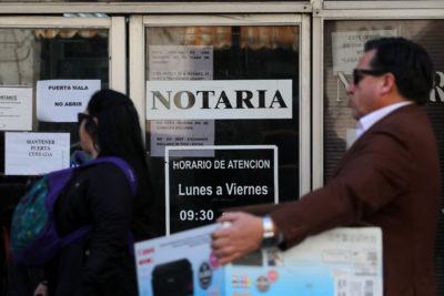 Reforma al sistema de notarios: trámites podrán hacerse por Internet