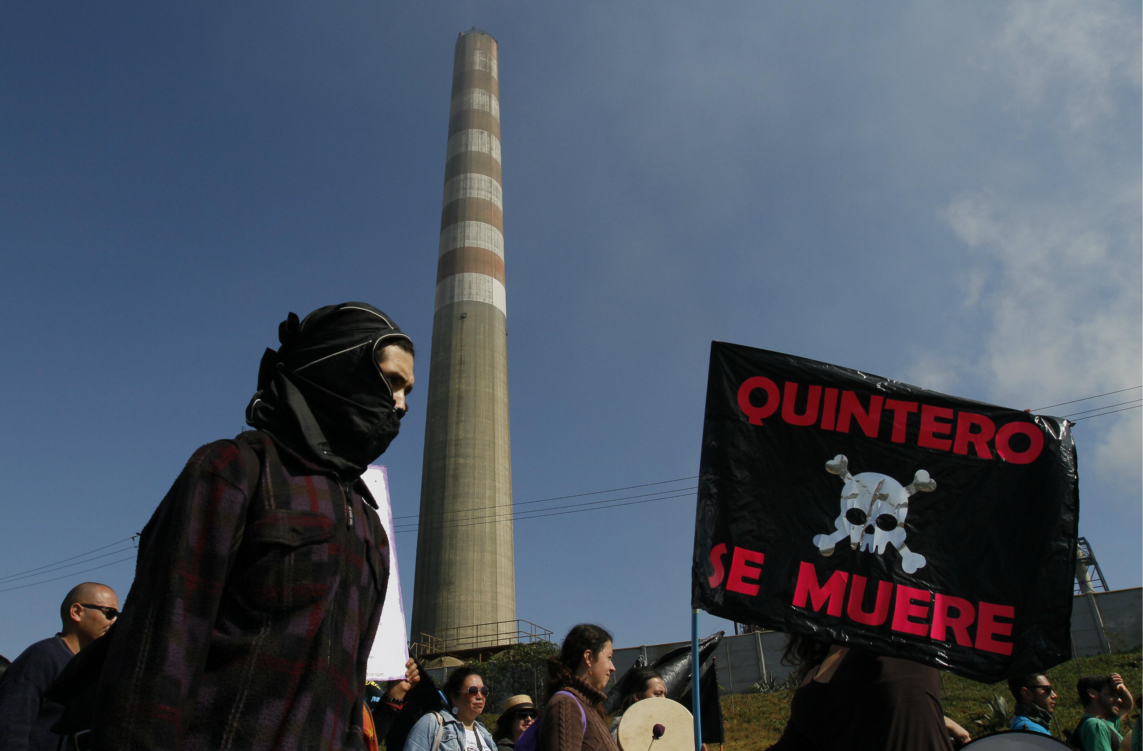ONGs ambientales presentan recurso contra Piñera por contaminación en Quintero y Puchuncaví